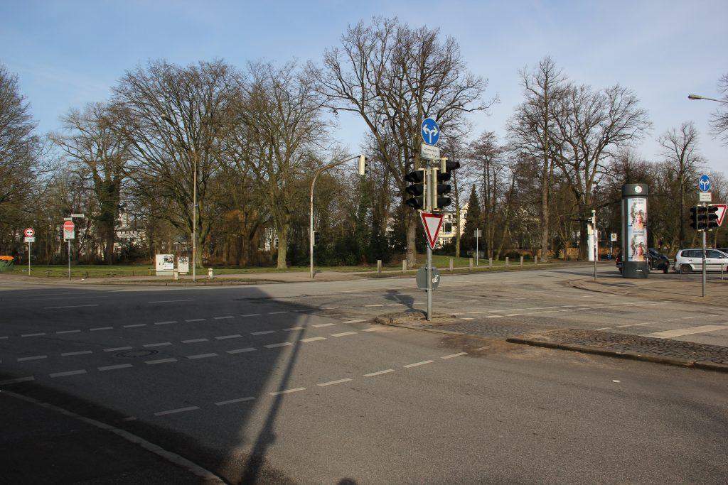 Kreuzung Moltkestr. Hüxtertorallee